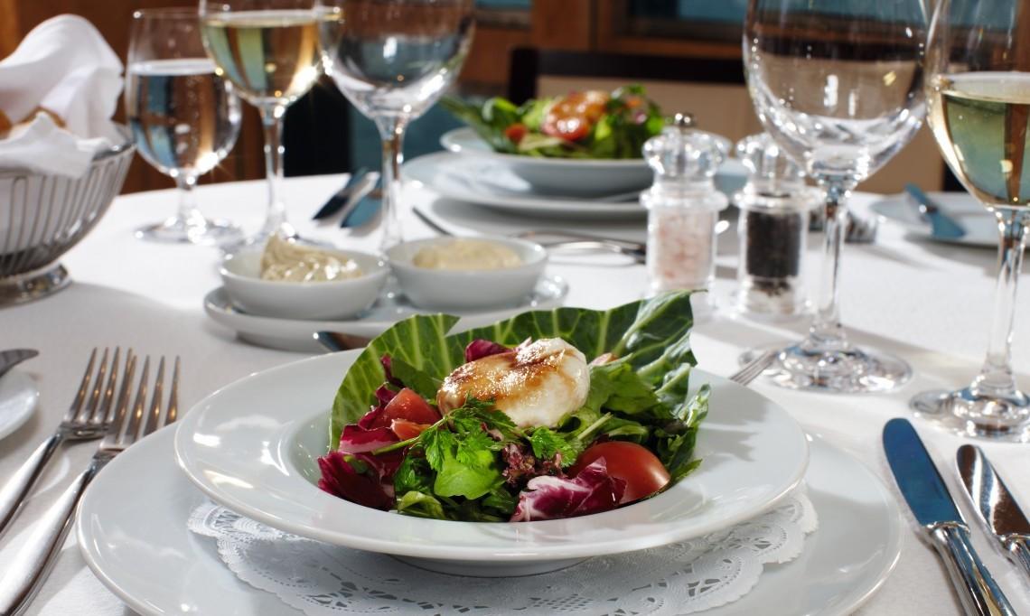 Restaurantszene_Mein Schiff_TUI Cruises (Medium)