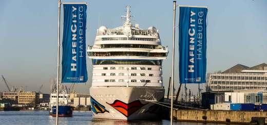 AIDAsol in der HafenCity © AIDA Cruises