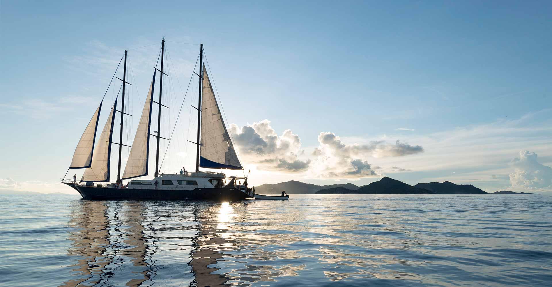 Die Seychellen gelten als Paradies. Das Seychellen-Atoll Aldabra ist dabei eines der schönsten erhaltenen Ökosysteme der Welt und UNESCO-Weltkulturerbe. Jetzt legt Silhouette Cruises zum ersten Mal zu Segel-Kreuzfahrten mit der SEA BIRD in Richtung Aldabra ab.